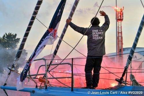 Didac Costa culmina su segunda Vendée Globe