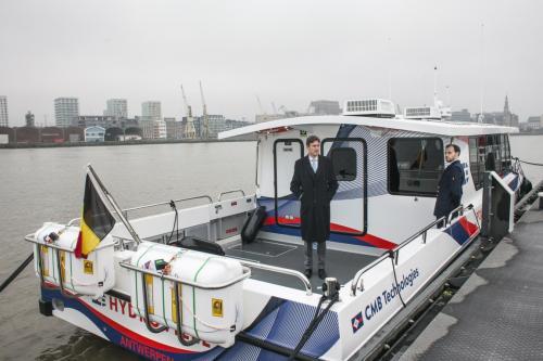 Hydroville equipada con balsas Duarry